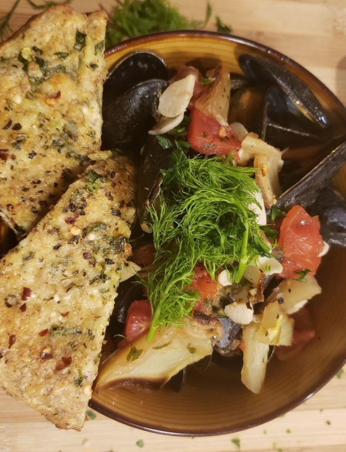 Mussels with Tomatoes and Roasted Fennel